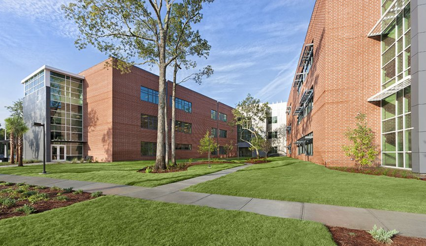 Wando Center for Advanced Technical Studies