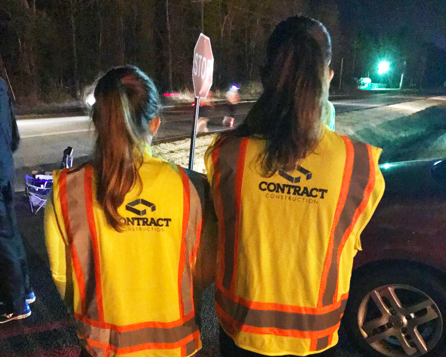 Contract Construction provides Palmetto200 Firefly team racers with safety vests